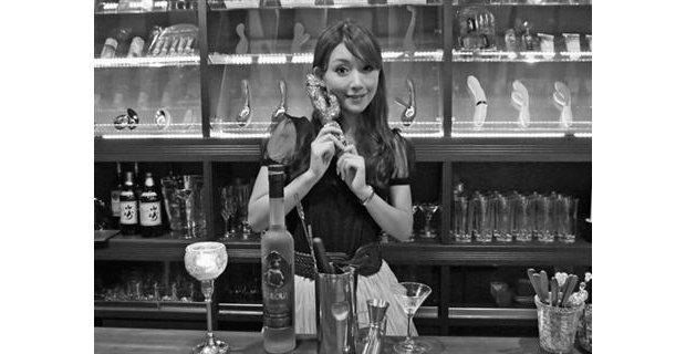 bar love joule tokyo female vibrator masturbation shibuya