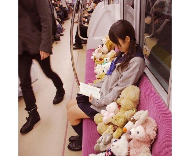 japan trains strange otaku pictures