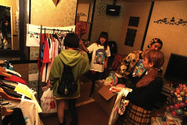 jr cinderella shopping high school girl fashion event shibuya karaoke shidax