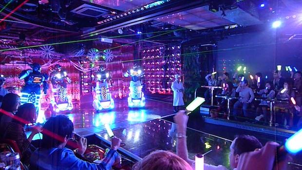 shinjuku kabukicho robot restaurant tokyo