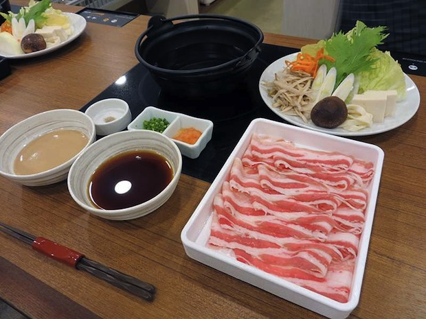 ichinabeya nabe hot pot restaurant meals one diner solo single customer