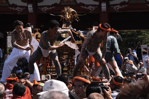 tokyo sanja matsuri festival