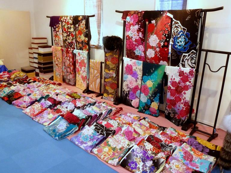 inside a kimono shop tokyo buy cheap
