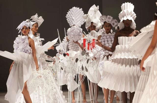 origami fashion show diana gamboa roppongi hills tokyo japan  cyclops a love story