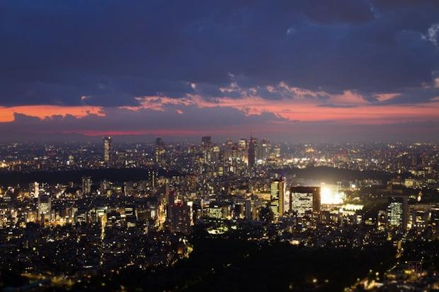 tokyo skyline night city