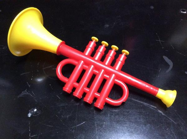 100 yen store shop trumpet instrument musical toy customize paint amazingly realistic