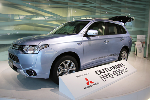 mitsubishi outlander phev oculus rift virtual test drive space stars