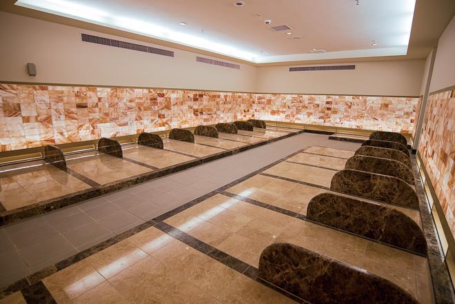 thermae-yu hot spring bath spa kabukicho tokyo shinjuku onsen sento