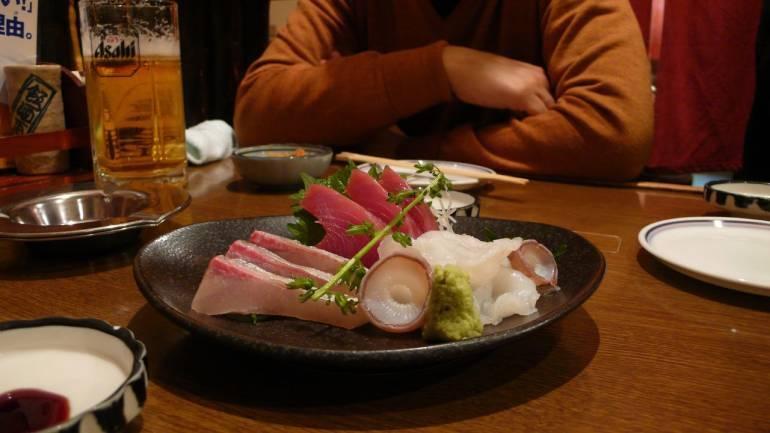 izakaya sashimi japan