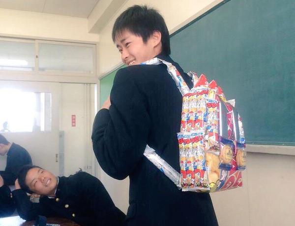 お菓子リュック rucksack backpack bag school students japan korea make pack packet candy potato chips trend