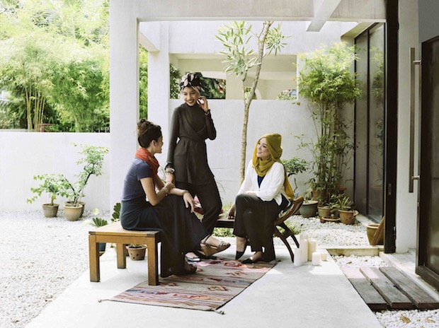 tajima hana muslim british japanese uniqlo hajib clothes fashion range