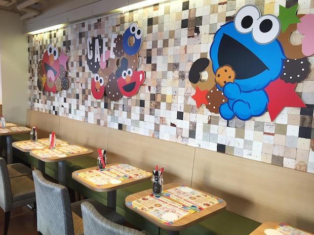 elmo harajuku sesame street cafe restaurant tokyo themed japan