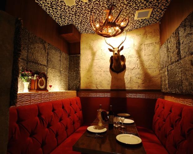 beauty and the beast cafe restaurant yokohama japan