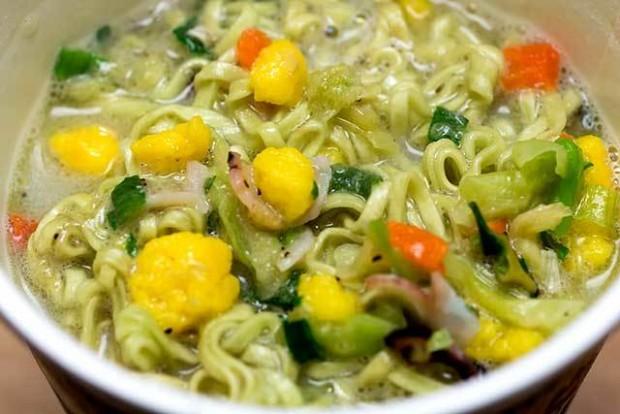 Matcha Green Tea Seafood Cup Noodle Nissin Japan 3