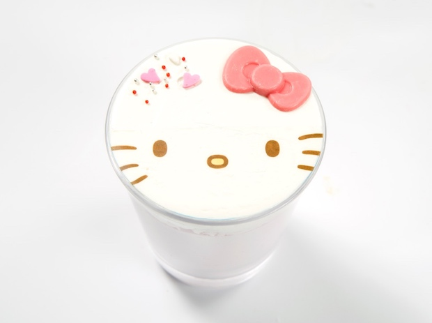 hello kitty cafe osaka japan