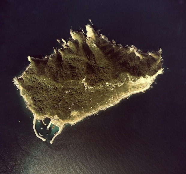 okinoshima sacred island japan