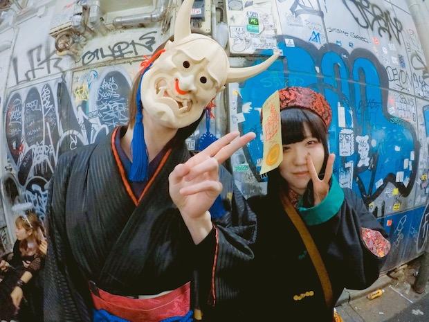 halloween tokyo shibuya japan costumes photo crazy hachiko scramble crossing