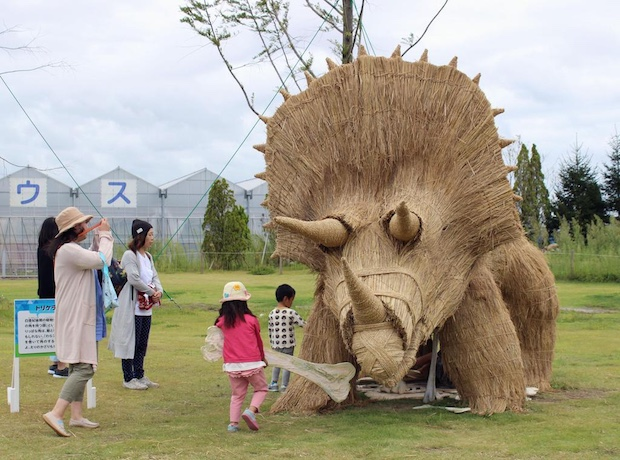 rice straw sendai japan tohoku sculpture