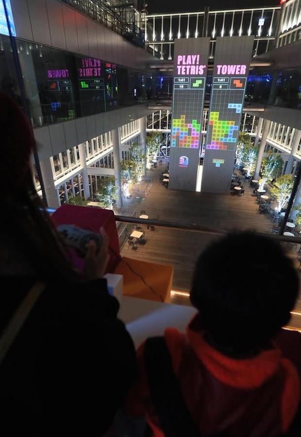 tetris tower giant wall play game japan osaka