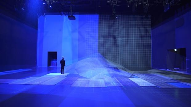 mori building teamlab digital art museum borderless immersive tokyo projection technology