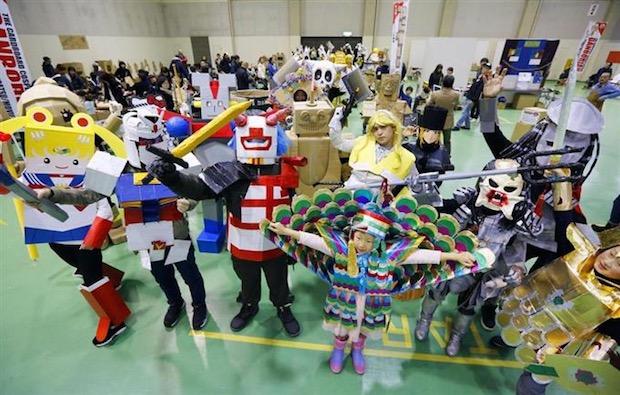 danborian cardboard costume festival contest cosplay japan aomori