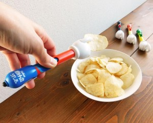 Potechinote is a silly yet ingenious potato chip grabber and smartphone stylus